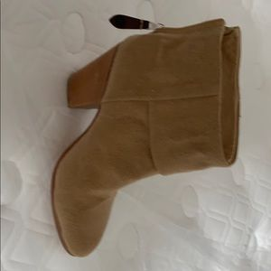 Camel boot
